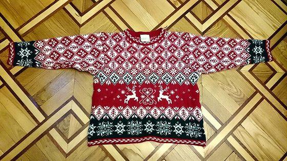 теплий светр Laura Ashley на 8-9 років, 50% вовна