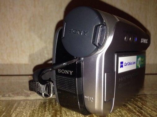Цифрова відеокамера Sony Handycam DCR-HC27E Mini DV