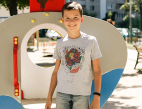 """Дитяча футболка для хлопчиків """"Він виросте неймовірним"""""""