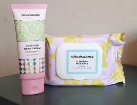 серветки для очищення обличчя + крем для рук Refreshments, нові