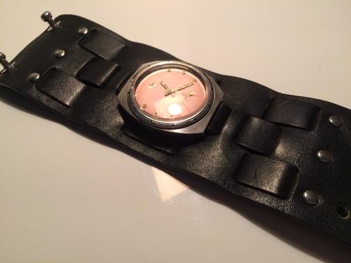 Часы кварцевые Error