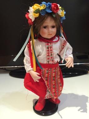 "Лялька порцелянова ""Українка"""