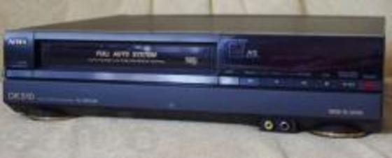 відеомагнітофон AIWA касетний